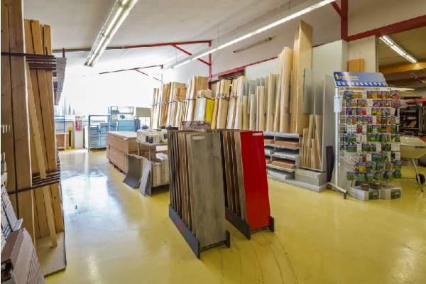 Bau- und Heimwerkermarkt Fasselt GmbH & Co. KG - Abteilungen - Holz